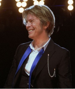 David Bowie performs at Tweeter Center outside Chicago in Tinley Park,IL, USA on August 8, 2002. Photo by Adam Bielawski  Photographer: Photobra|Adam Bielawski   Licensed under the Creative Commons Attribution-Share Alike 3.0 Unported license.